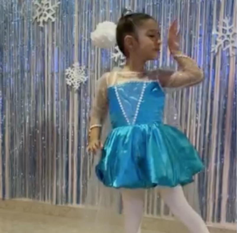 Ballet al estilo de Frozen